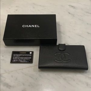 💯 authentic Chanel classic flap wallet